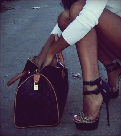 platform topuklu ayakkabı sandalet