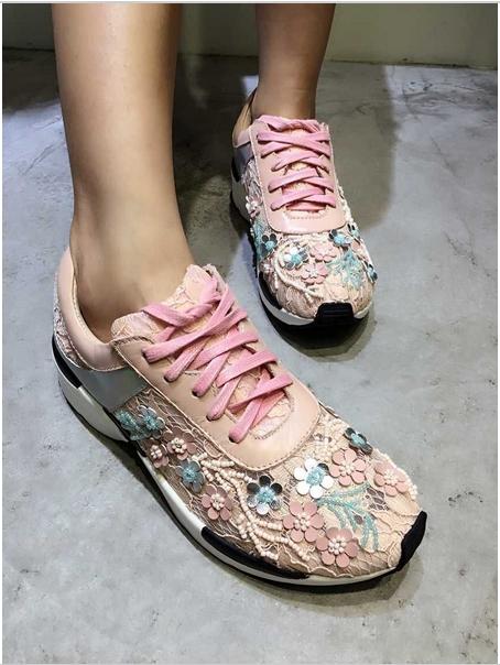dantelli bayan spor ayakkabı