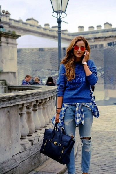 mavi lacivert kenzo sweatshirt kombin boyfriend jeans