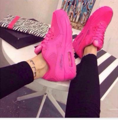 pembe nike kadın spor ayakkabı