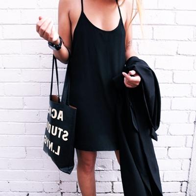 siyah mini spor elbise