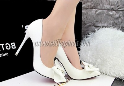 beyaz-stiletto