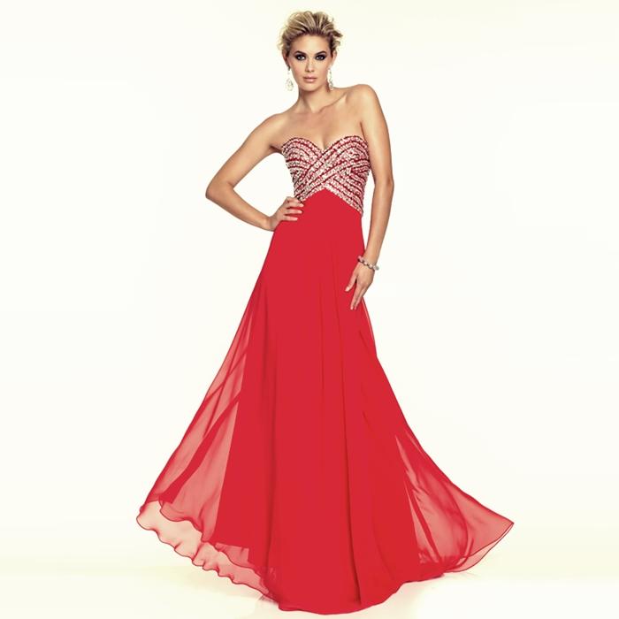 kırmızı straplez uzun abiye elbise