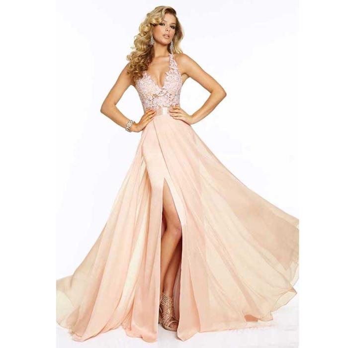 krem rengi yırtmaçlı uzun abiye elbise