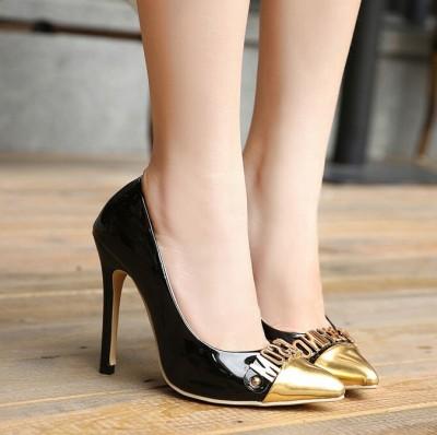 sivri-burun-siyah-altın-rugan-stiletto