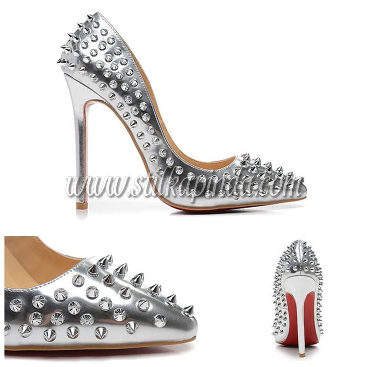zımbalı rugan stiletto gümüş