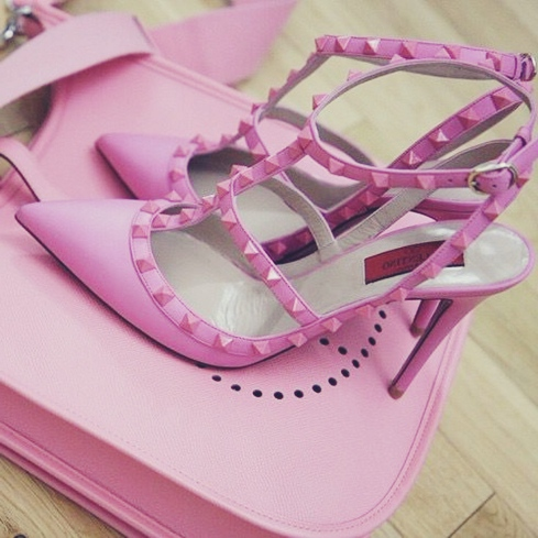 pembe stiletto valentino topuklu ayakkabı