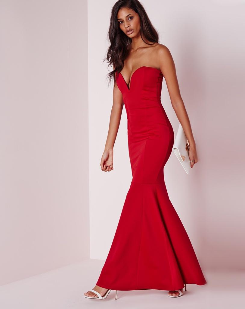 kırmızı dekolteli straplez balık model maksi uzun mezuniyet elbisesi