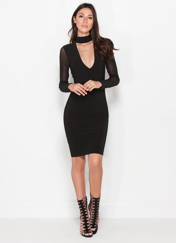 siyah göğüs dekolteli mini elbise