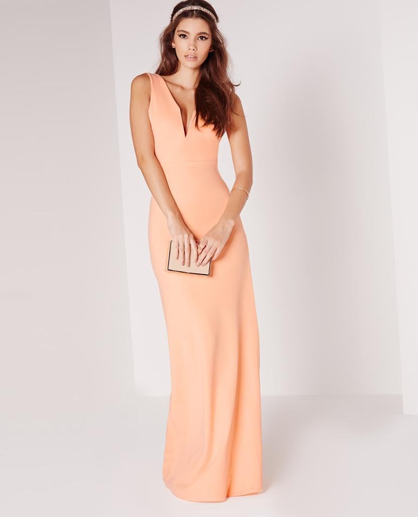 v yaka dekolteli yavruağzı rengi pudra maksi uzun elbise