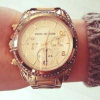 altın sarısı kadın kol saati Michael kors