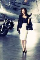 beyaz kalem etek siyah blazer ceket retro sytle tarz