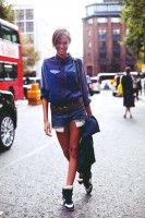 beyaz mavi isabel marant gizli topuk spor ayakkabı kot şort kadın