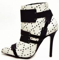 beyaz siyah deri kısa topuklu bot modeli
