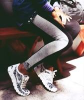 beyaz siyah nike kadın spor ayakkabı