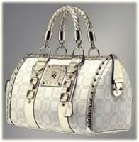 beyaz zımbalı el kol çantası versace