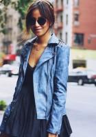 deri ceket mavi kadın siyah gözlük elbise