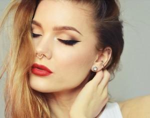 eyeliner sürmek 3