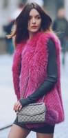 fuşya kadın uzun kürk yelek gri kazak triko gri çanta