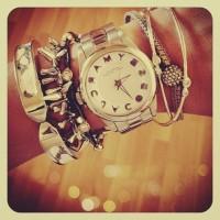 gümüş rengi marc by marc jacobs kadın kol saati bileklik