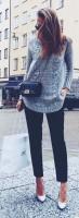 gri kazak kadın siyah dar paça pantalon