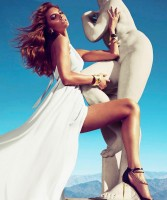 guess by marciano beyaz uzun gece elbisesi