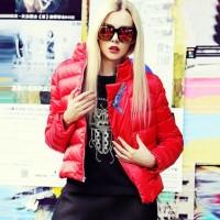 kırmızı şişme mont ceket kadın tarz stil