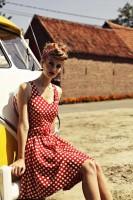 kırmızı beyaz puanlı elbise retro style tarz