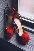 kırmızı christian louboutin yüksek topuklu kadın ayakkabısı