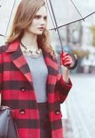 kırmızı siyah ekose oduncu gömleği kadın gri kazak kış