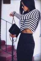 kısa göbeği açık top crop çizgili siyah etek kadın