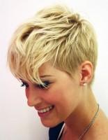kısa saç trendleri sarı