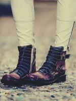 kahve siyah kısa bot çizme