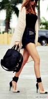 kot şort stiletto ayakkabı kombini