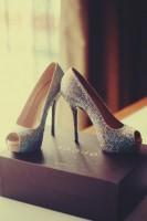 krem rengi taşlı yüksek topuklu gece ayakkabısı gucci kadın