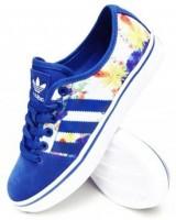 mavi beyaz desenli moda kadın spor ayakkabı adidas