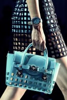 mavi deri versace el çantası