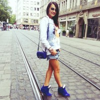 mavi lacivert isabel marant spor ayakkabı gizli topuk