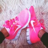 nike beyaz pembe spor ayakkabı