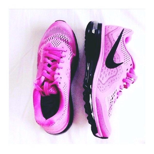 nike pembe siyah kadın spor ayakkabı