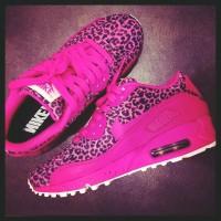 pembe leopar nike spor ayakkabı neon