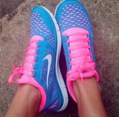 pembe mavi spor ayakkabı kadın nike