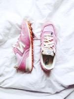 pembe new blance spor ayakkabı