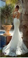 sırtı açık beyaz dantelli uzun moda gelinlik