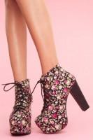 siyah çiçekli kadın Jeffrey Campbell ayakkabı