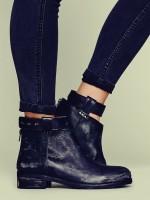 siyah deri kısa bot çizme