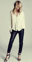 siyah deri pantolon beyaz gömlek