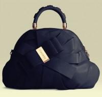 siyah fiyonklu versace kol çantası