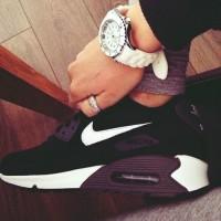 siyah gri beyaz nike spor ayakkabı kadın