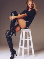 siyah kadın bluz siyah uzun deri çizme diz üstü bot